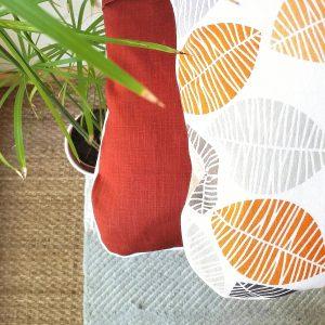 Coussin feuilles et Terracotta